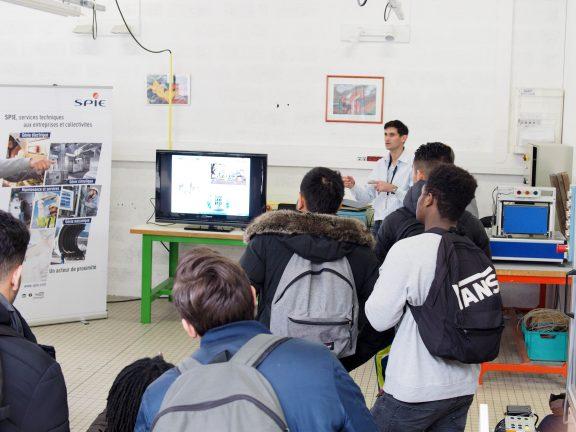 Journée des Métiers au Lycée des canuts.